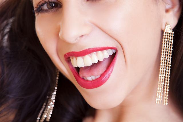 sensitive whitening teeth