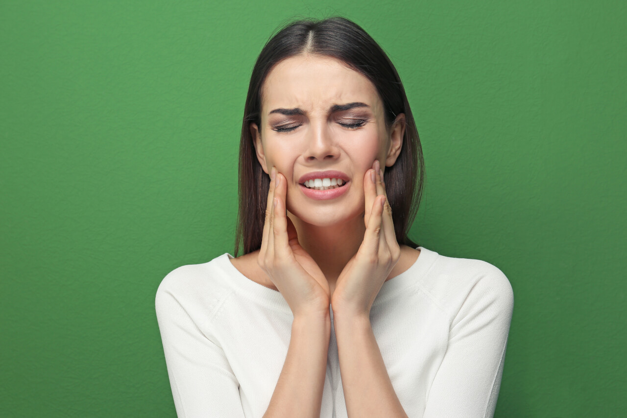 throbbing tooth pain after crown